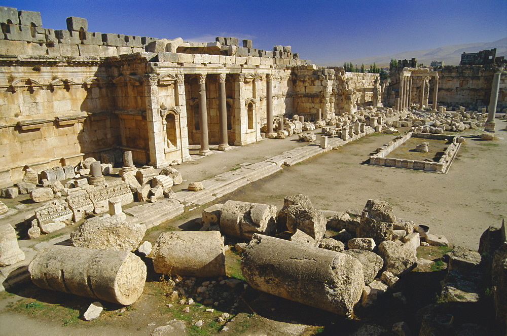 The great court in the acropolis of Baalbek, archaeological site, Baalbek, Lebanon, Middle East