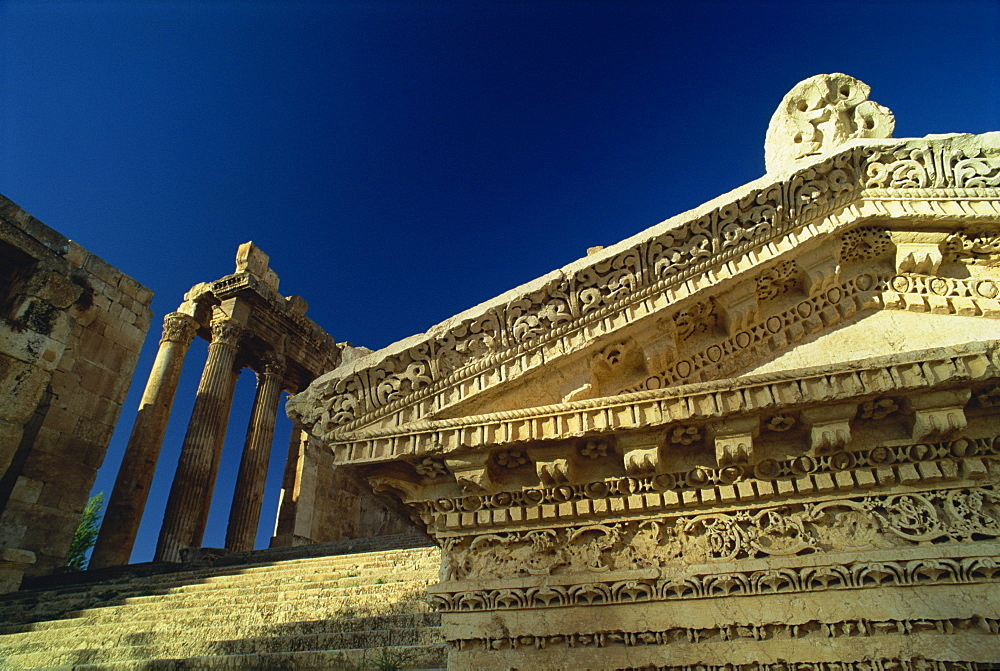 Entry to the Roman temple of Bacchus, Baalbek, UNESCO World Heritage Site, Lebanon, Middle East - 574-286