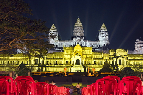 Angkor Wat Temple, UNESCO World Heritage Site, at night, lit for a special light show, Siem Reap, Cambodia, Indochina, Southeast Asia, Asia - 641-10484