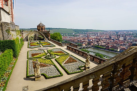The Princes Garden, Marienberg Fortress, Wurzburg, Bavaria, Germany, Europe