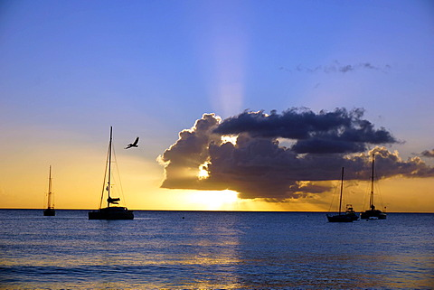 Sunset, St. Kitts and Nevis, Leeward Islands, West Indies, Caribbean, Central America