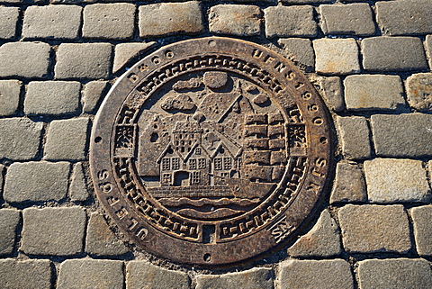 Decorative manhole cover, Bergen, Norway, Hordaland, Scandinavia
