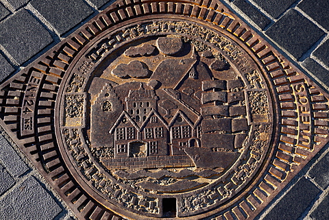 Decorative manhole cover, Bergen, Norway, Hordaland, Norway, Scandinavia, Europe