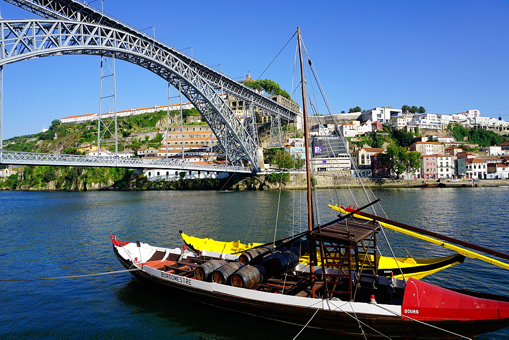 Ponte de Dom Luis I over River Douro, Porto also know as Oporto, Portugal
