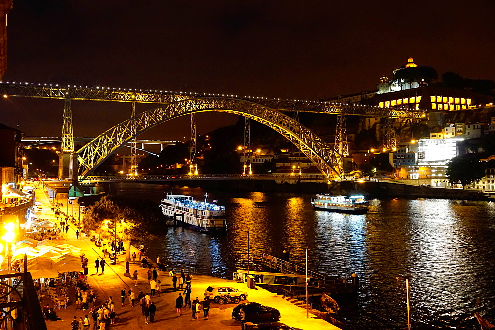 Ponte de Dom Luis I over River Douro at night, Porto (Oporto), Portugal, Europe - 641-13424