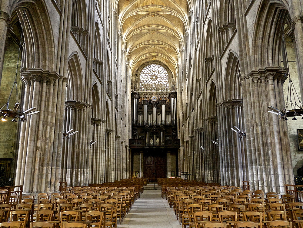 Interior of Notre Dame cathedral, built between 12th and 15th century, Rouen, Normandy, France, Europe - 665-5459