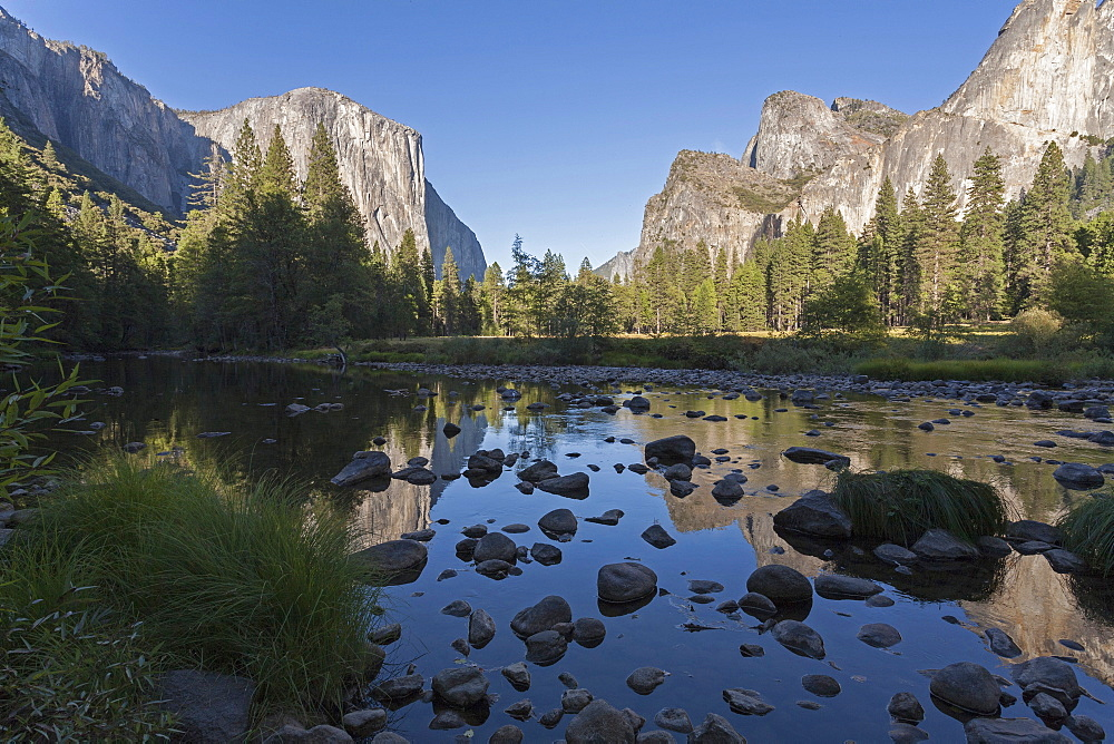 Valley View with El Capitan, Yosemite National Park, UNESCO World Heritage Site, California, United States of America, North America - 667-2555