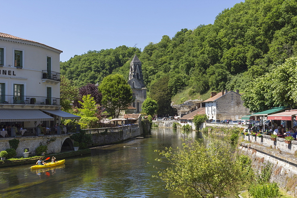 Canoe on River Dronne, Brantome, Dordogne, Aquitaine, France, Europe
