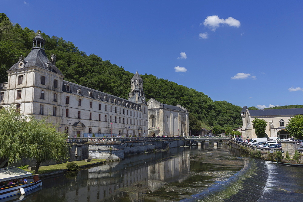 Abbey by the River Dronne, Brantome, Dordogne, Aquitaine, France, Europe