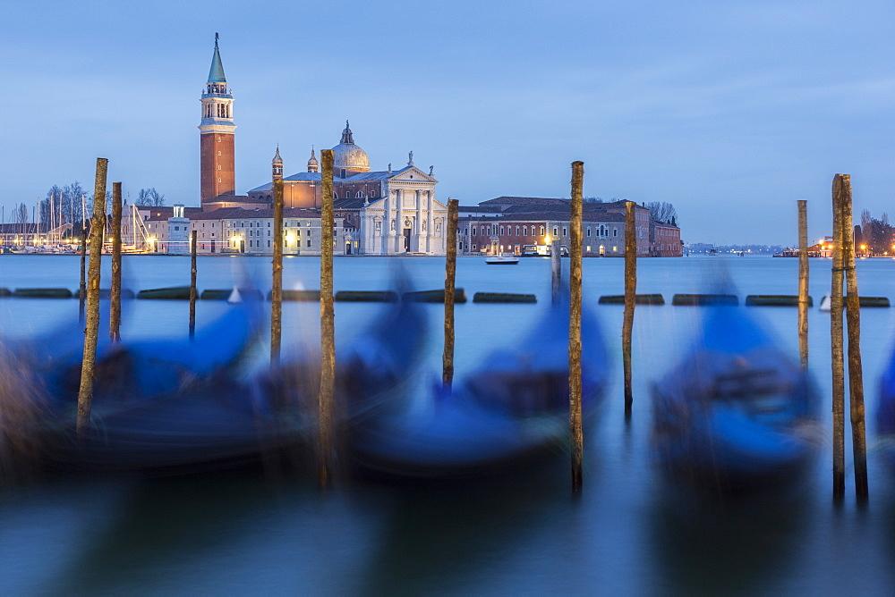 Dawn view to San Giorgio Maggiore, Venice, UNESCO World Heritage Site, Veneto, Italy, Europe - 667-2587