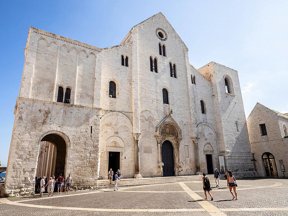 Basilica of St. Nicholas, Bari, Puglia, Italy, Europe - 667-2685