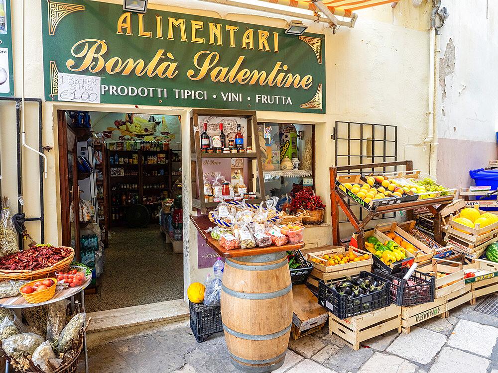 Food shop, Gallipoli, Puglia, Italy, Europe - 667-2691