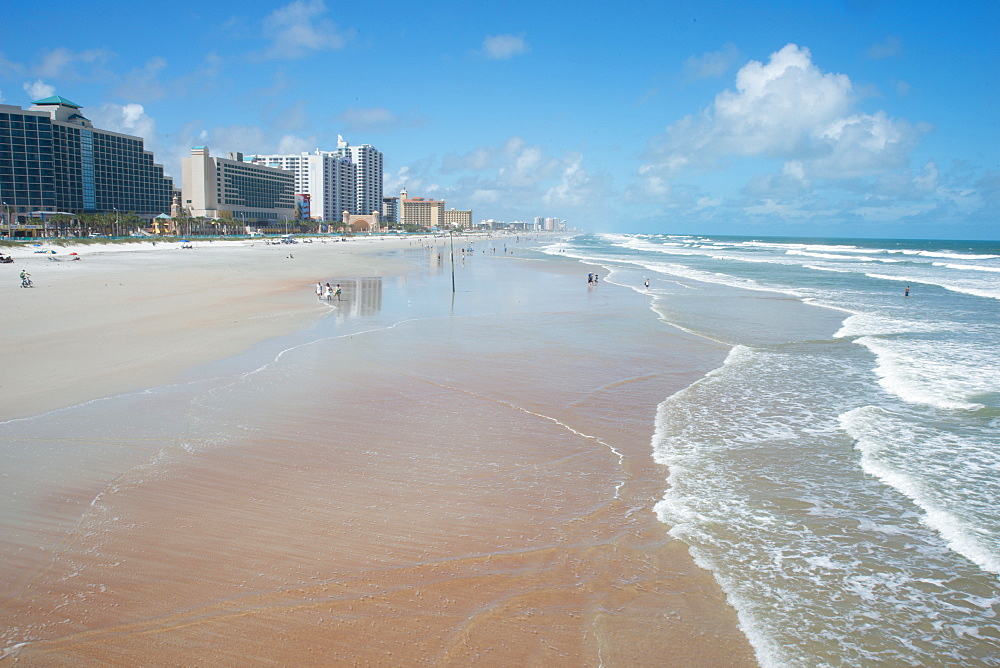 The beach at Daytona Beach, Florida, United States of America, North America - 685-2661