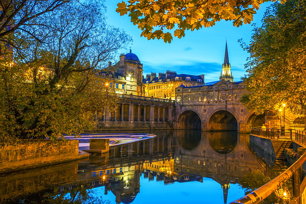 Pulteney Bridge, Bath, UNESCO World Heritage Site, Avon, Somerset, England, United Kingdom, Europe - 696-795