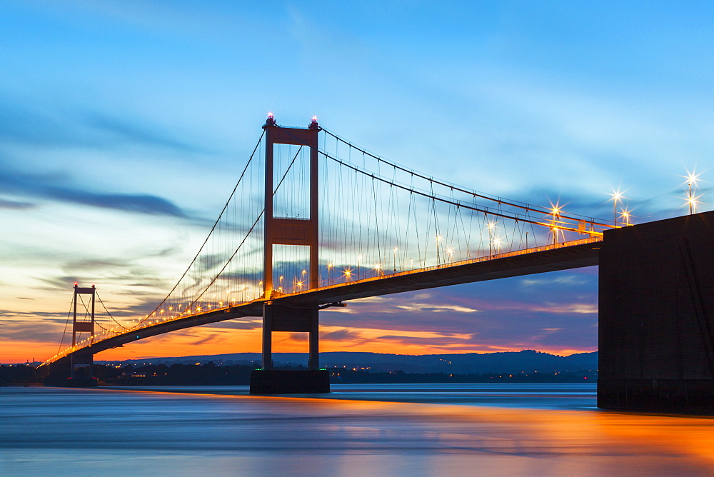 Old (First) Severn Bridge, Avon, England, United Kingdom, Europe - 696-807
