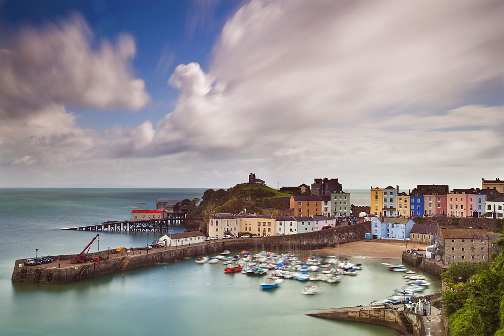 Tenby Harbour, Tenby, Pembrokeshire, Wales, United Kingdom, Europe - 696-853