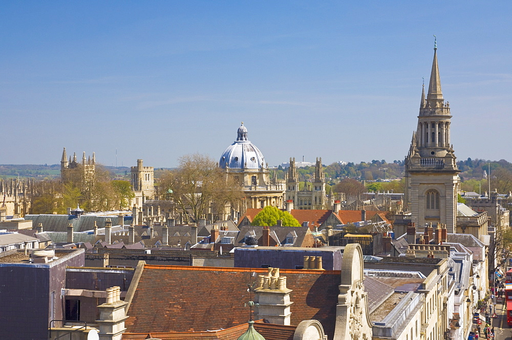 Rooftops of the university city of Oxford, with the dome of the Radcliffe Camera in the distance, Oxford, Oxfordshire, England, United Kingdom, Europe