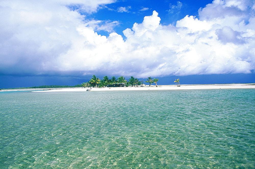 French Polynesia, Tuamotu Archipelago, Atoll Of Tikehau, Remote Sand Islet In The Lagoon With A Fisherman's Hut And Palms