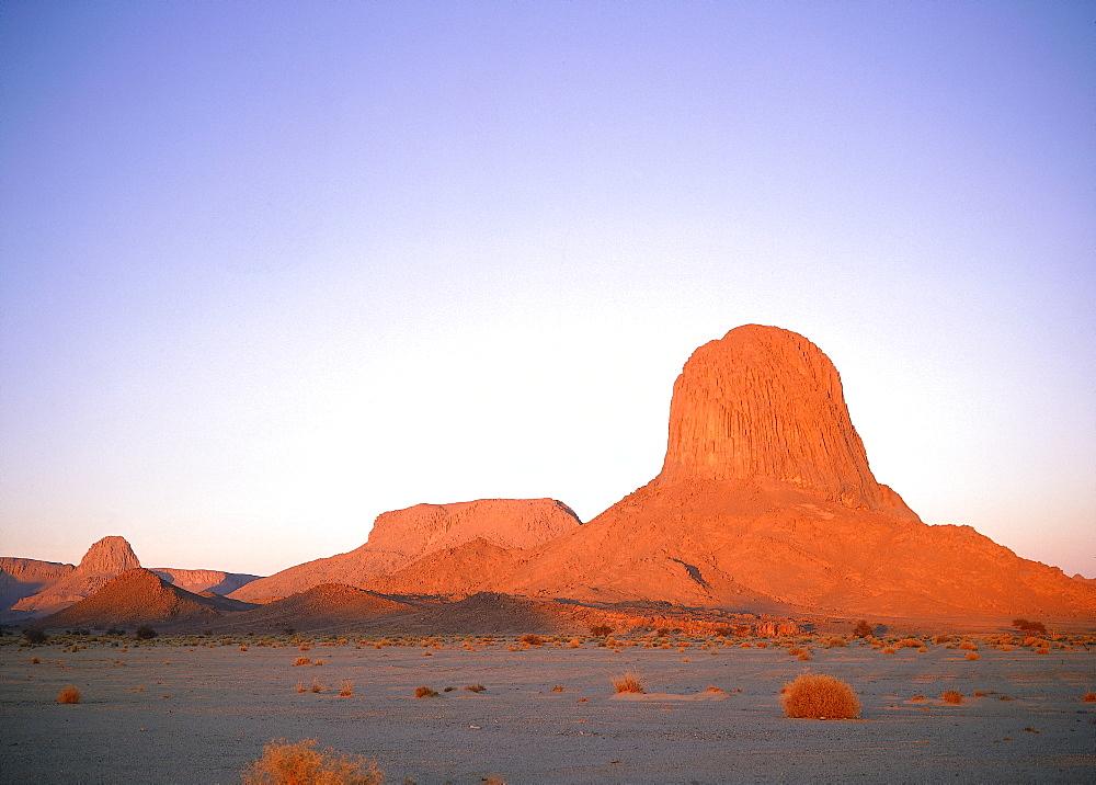 Algeria, Sahara, Hoggar, Ilarene Peak At Dusk Near Tamanrasset *** Local Caption ***