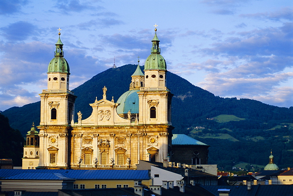 Salzburg Cathedral, Salzburg, Austria *** Local Caption ***   - 700-9299