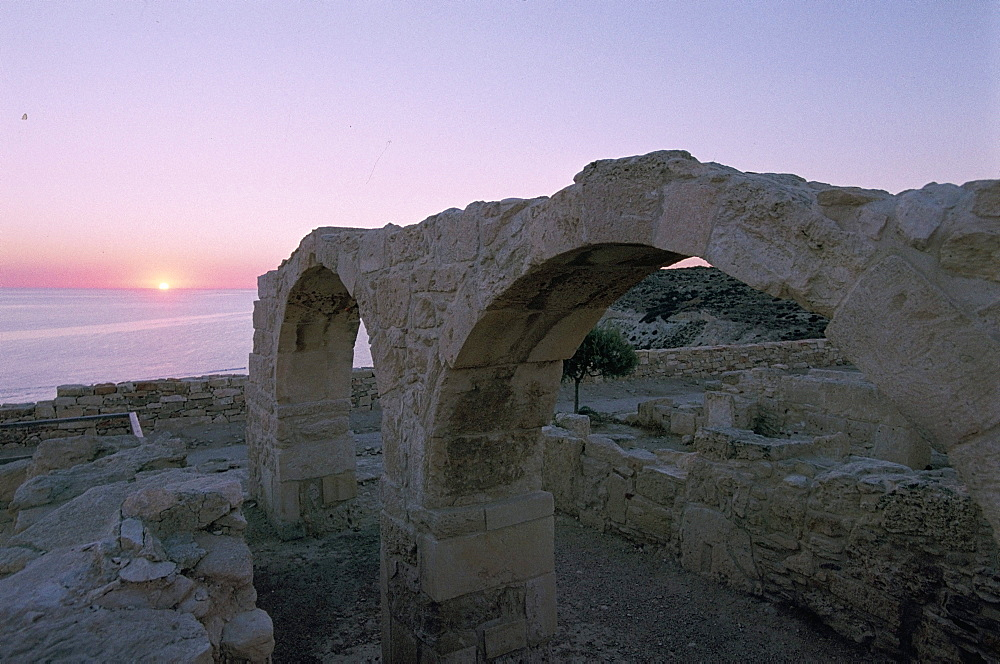 Greek ruins, Kourion (Kurion) (Curium), Cyprus, Mediterranean, Europe