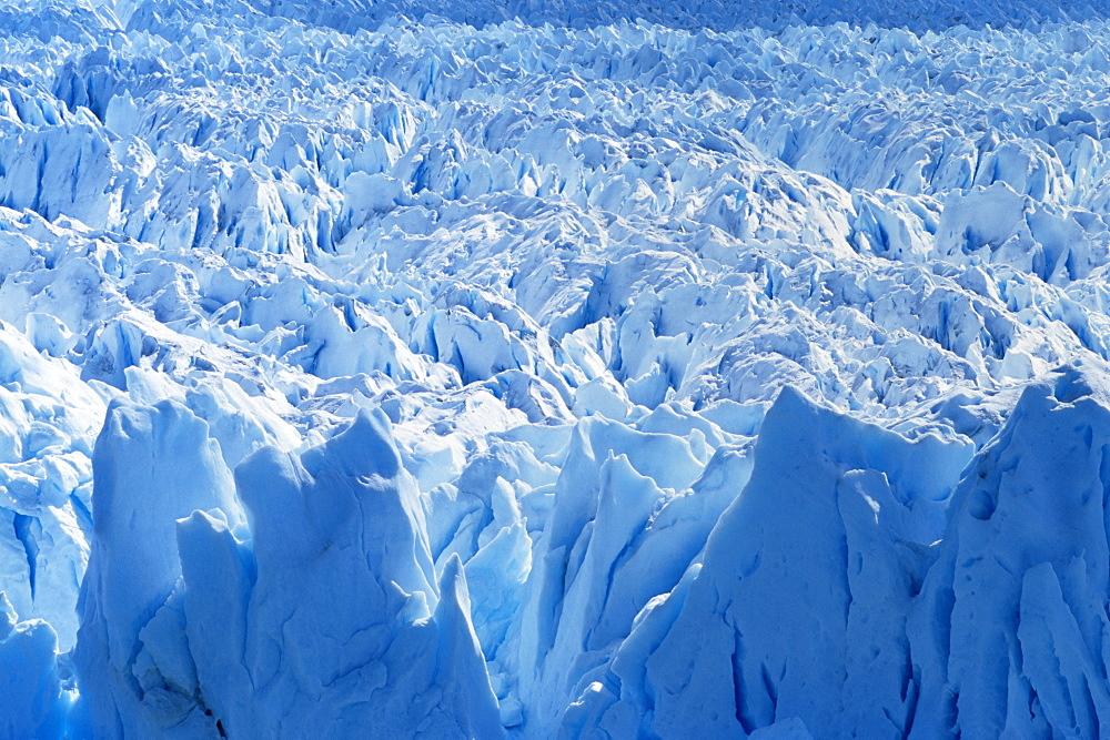 Aerial view of icebergs at Moreno Glacier (Perito Moreno), Parque Nacional Los Glaciares, UNESCO World Heritage Site, Patagonia, Argentina, South America - 718-1003