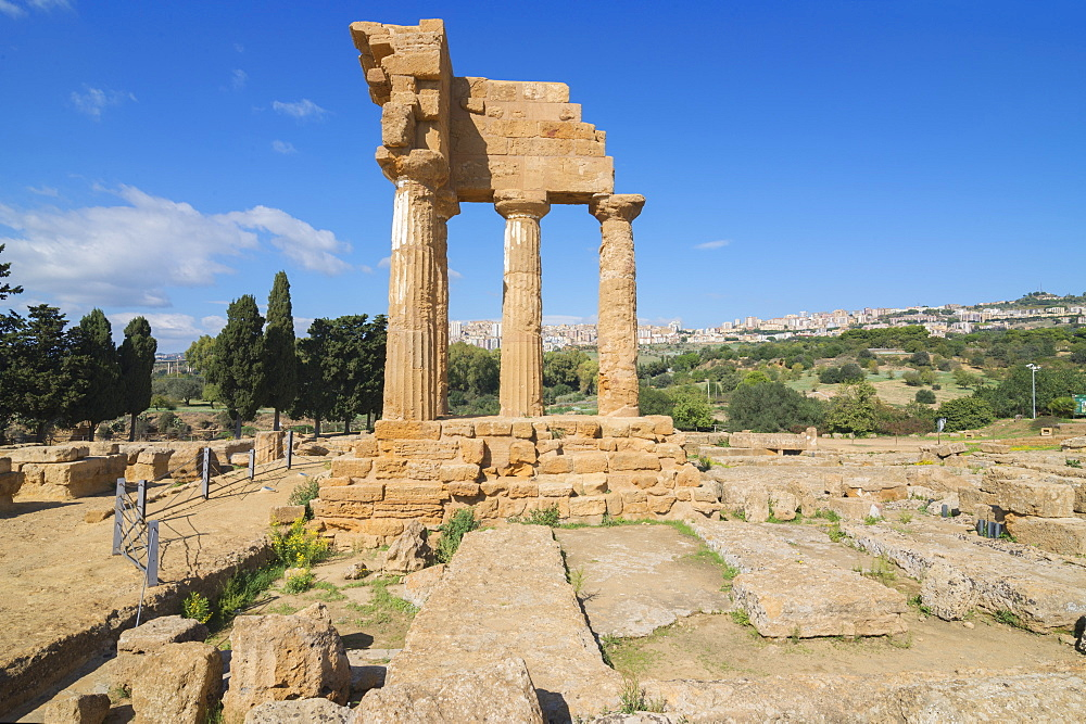Temple of Castor, Valley of the Temples, Agrigento, UNESCO World Heritage Site, Sicily, Italy, Europe - 718-2135