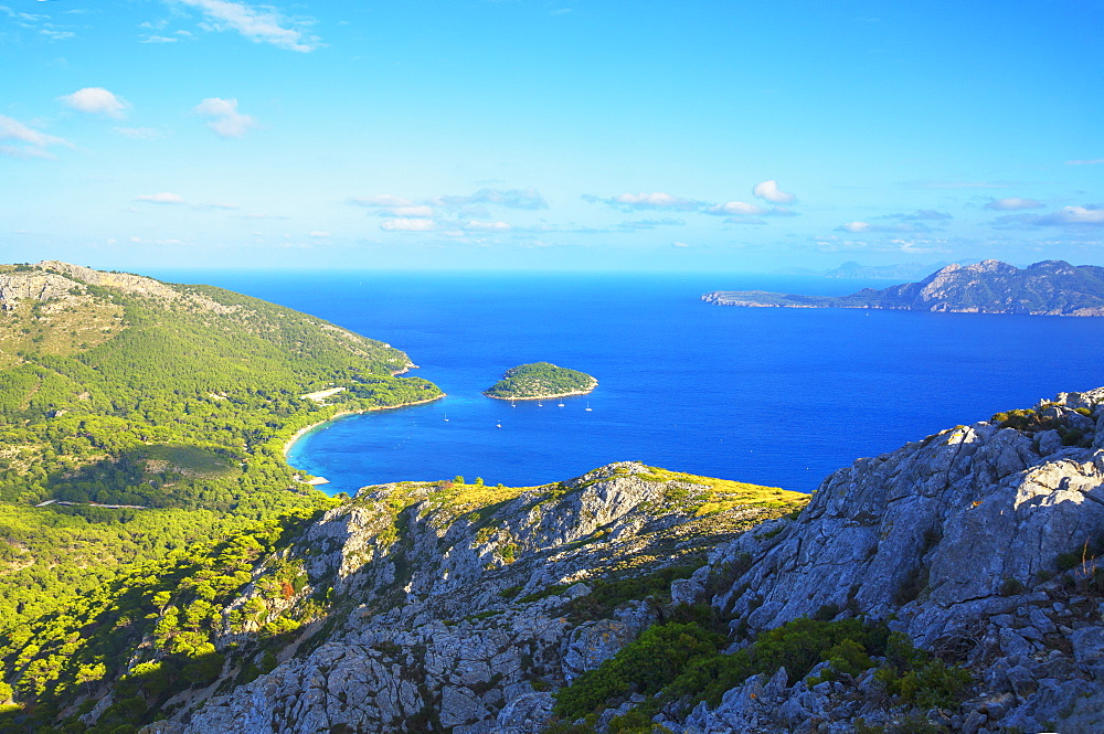Playa de Formentor and coastline, elevated view, Mallorca (Majorca), Balearic Islands, Spain, Mediterranean, Europe