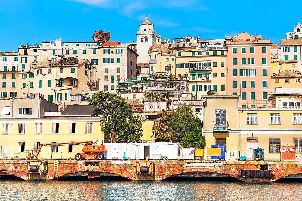Historic district and harbour view, Genoa, Liguria, Italy, Europe - 718-2558