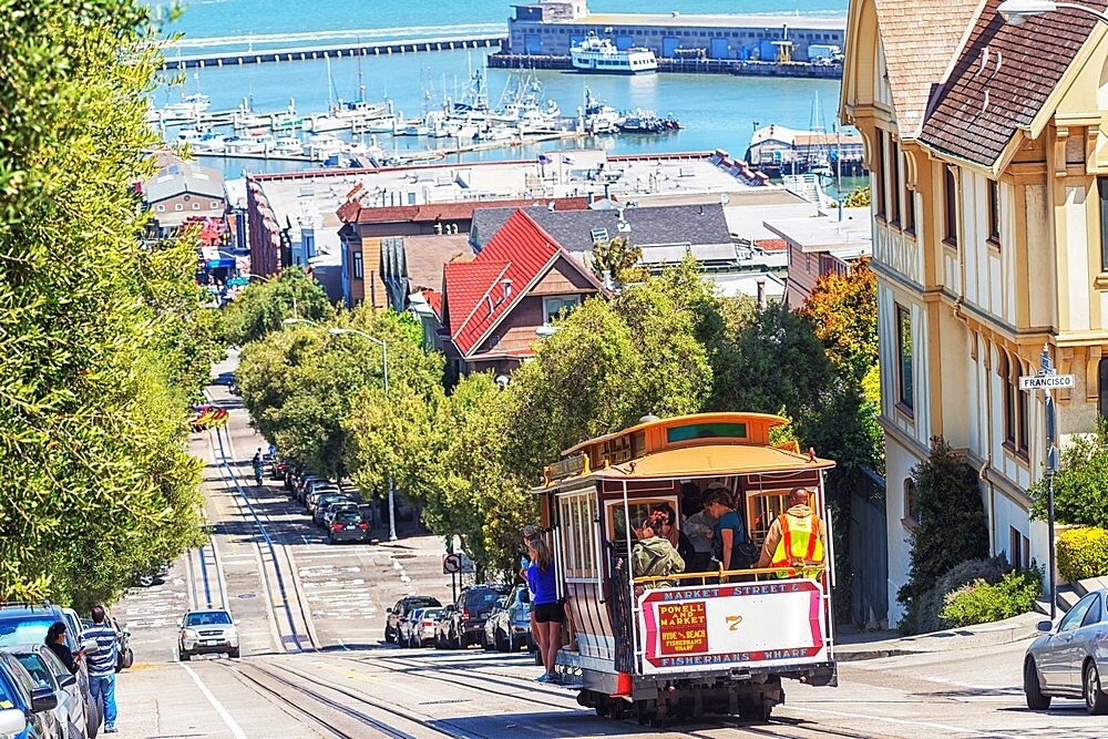 Powell-Hyde line cable car, San Francisco, California, United States of America, North America - 718-2570