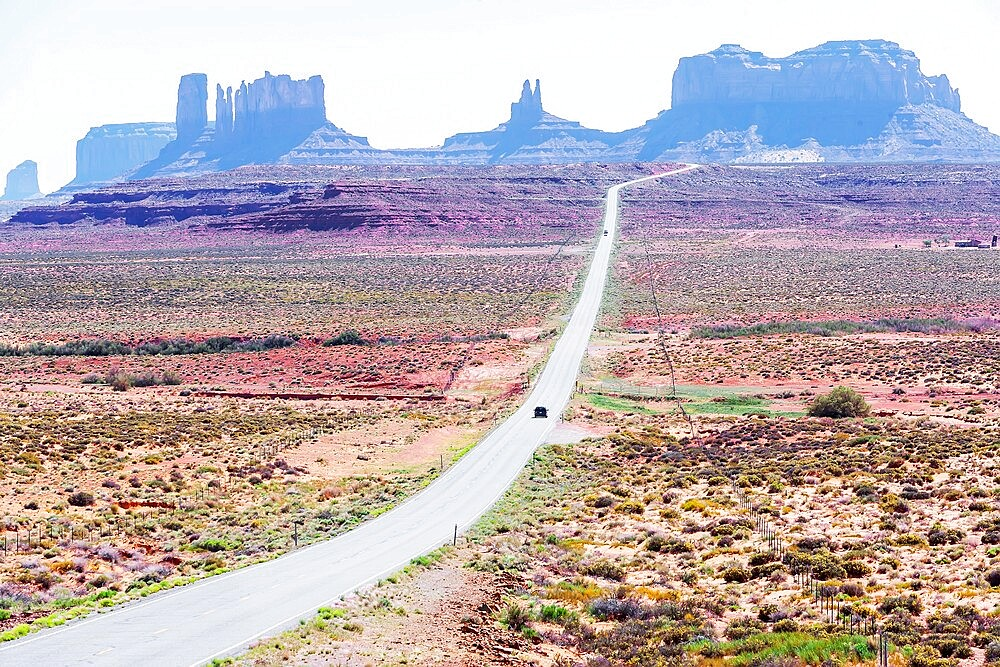 Country road, Monument Valley, Arizona, United States of America, North America - 718-2620