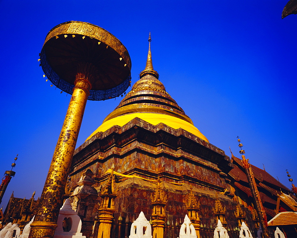 Main chedi and umbrella in Lanna style, Wat Phra That Lampang Luang, Lampang Province, Thailand