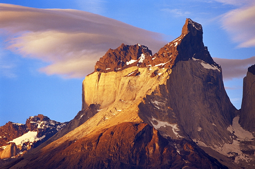 Peaks of the Cuernos del Paine (Horns of Paine), Torres del Paine National Park, Patagonia, Chile, South America