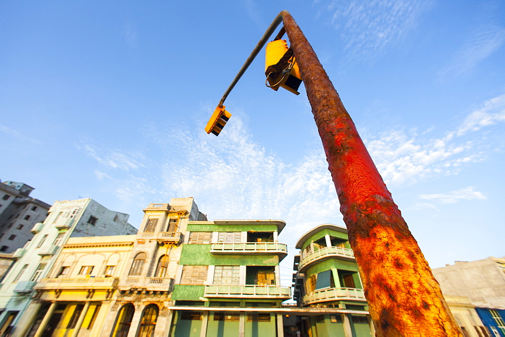 Rusting traffic light on the Malacon Sea Front, Havana, Cuba, West Indies, Caribbean, Central America