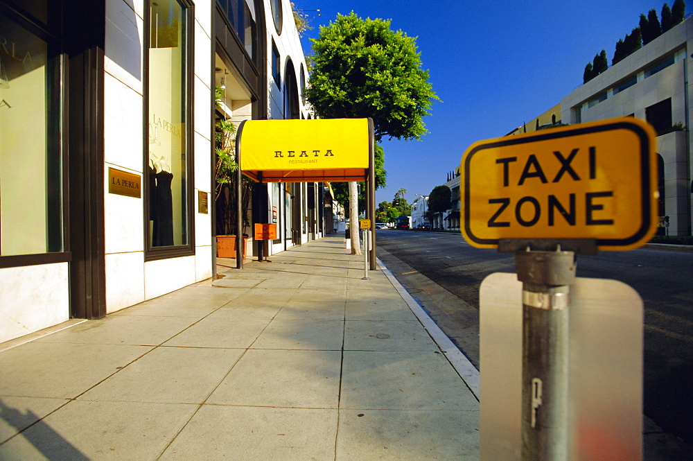 Taxi Zone sign, Rodeo Drive, Beverly Hills, California, USA *** Local Caption ***