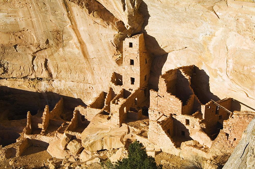 Mesa Top Loop Road Ruins, Pueblo ruins in Mesa Verde containing some of the most elaborte Pueblo dwellings found today, Mesa Verde National Park, UNESCO World Heritage Site, Colorado, United States of America, North America