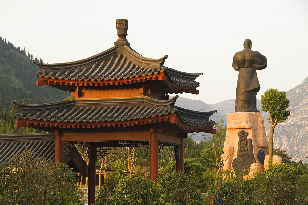 Pavilion and kung fu monument at Shaolin temple, birthplace of Kung Fu martial art, Shaolin, Henan Province, China, Asia