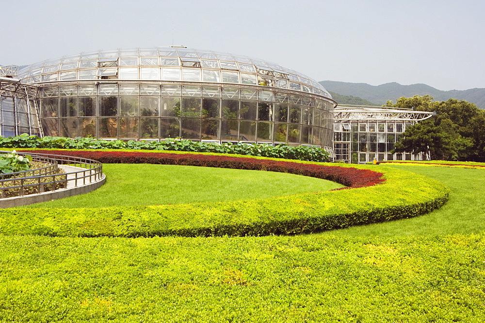 Botanical Conservatory built in 1999 inside Beijing Botanical Gardens, Beijing, China, Asia