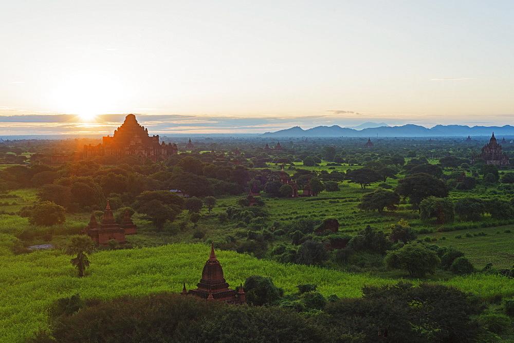 Temples on Bagan plain at sunrise, Bagan (Pagan), Myanmar (Burma), Asia