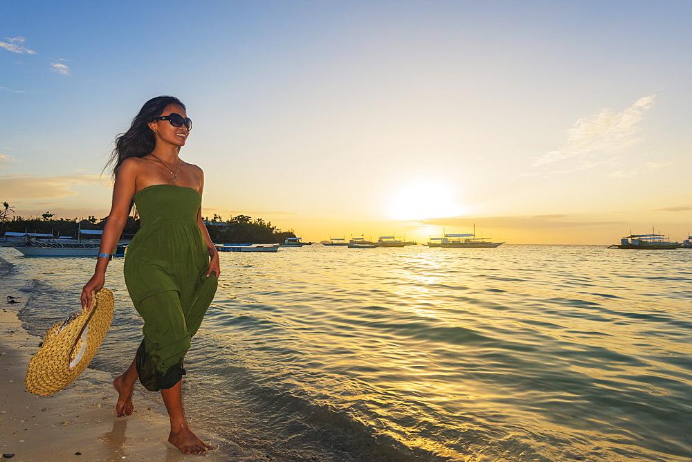 Girl on Poblacion Beach, Malapascua Island, Cebu, The Visayas, Philippines, Southeast Asia, Asia