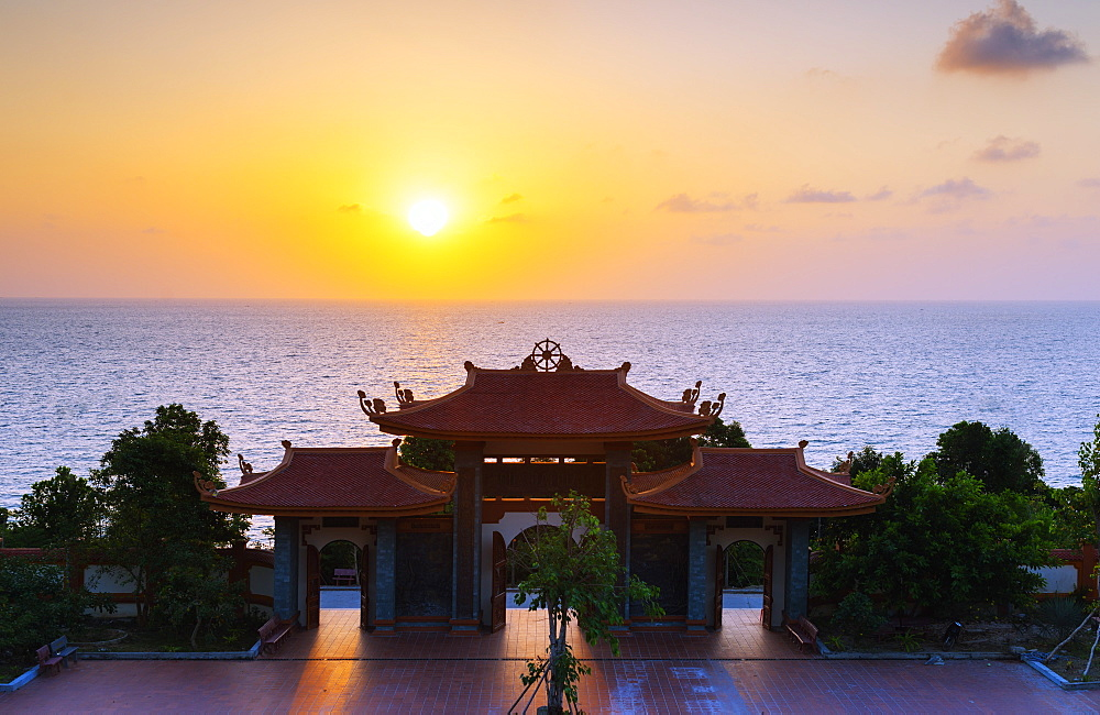 Thien Vien Truc Lam Ho temple, Phu Quoc Island, Vietnam, Indochina, Southeast Asia, Asia - 733-7056