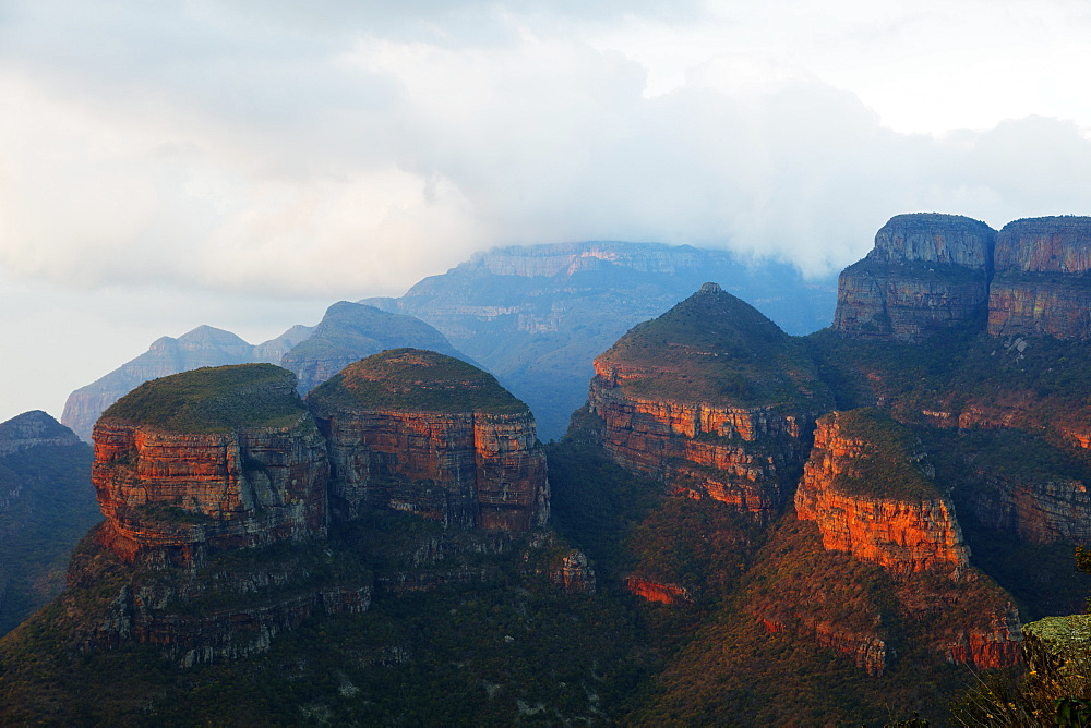 The Three Rondavels Lookout, Blyde River Canyon Nature Reserve, Mpumalanga, South Africa, Africa