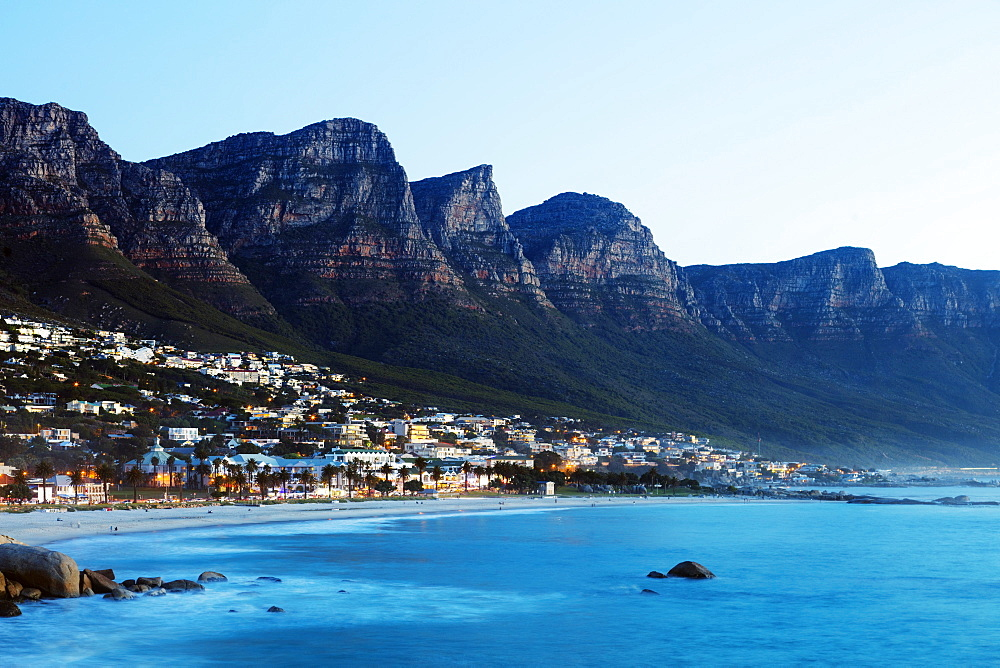 South Africa, Western Cape, Cape Town, Camps Bay and Twelve Apostles, Table Mountain National Park