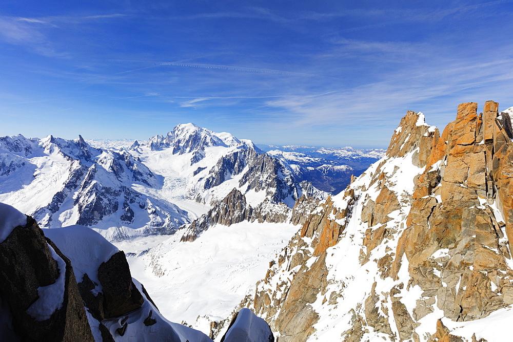 Mont Blanc 4810m, Chamonix, Rhone Alpes, Haute Savoie, French Alps, France, Europe