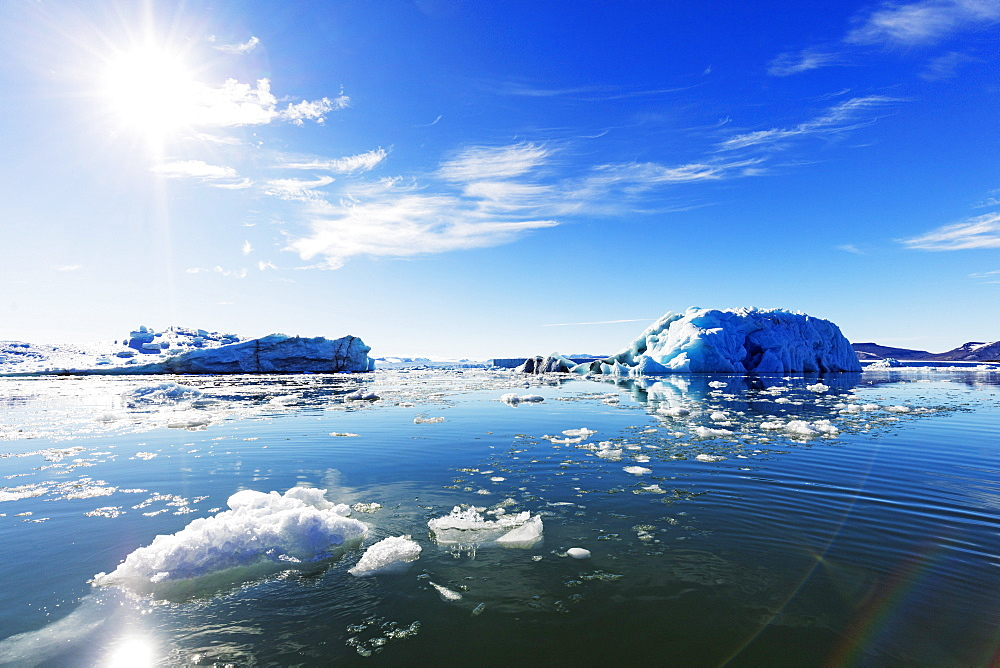 Iceberg filled glacial lagoon, Spitsbergen, Svalbard, Arctic, Norway, Europe - 733-7513