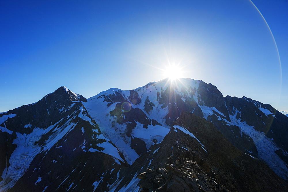 Europe, France, Haute Savoie, Rhone Alps, Chamonix, Mont Blanc (4810m)