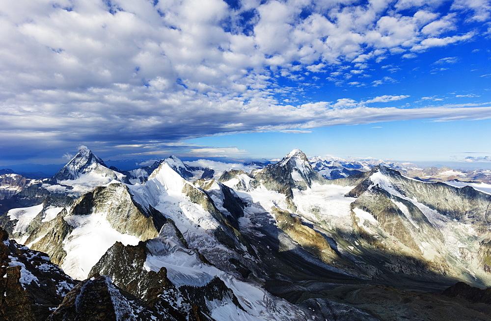 Western Europe, Switzerland, Swiss Alps, Valais, Zermatt, view of the Matterhorn from Zinalrothorn (4221m)