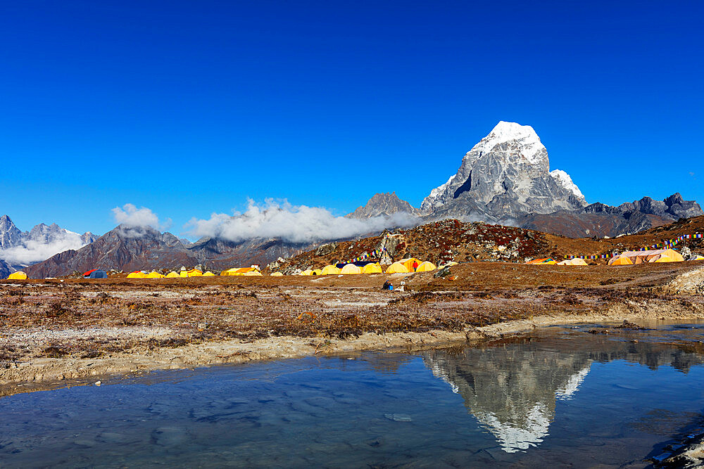 Asia, Nepal, Khumbu valley, Sagamartha National Park, Unesco World Heritage site, Ama Dablam base camp with Tobuche (6495m)