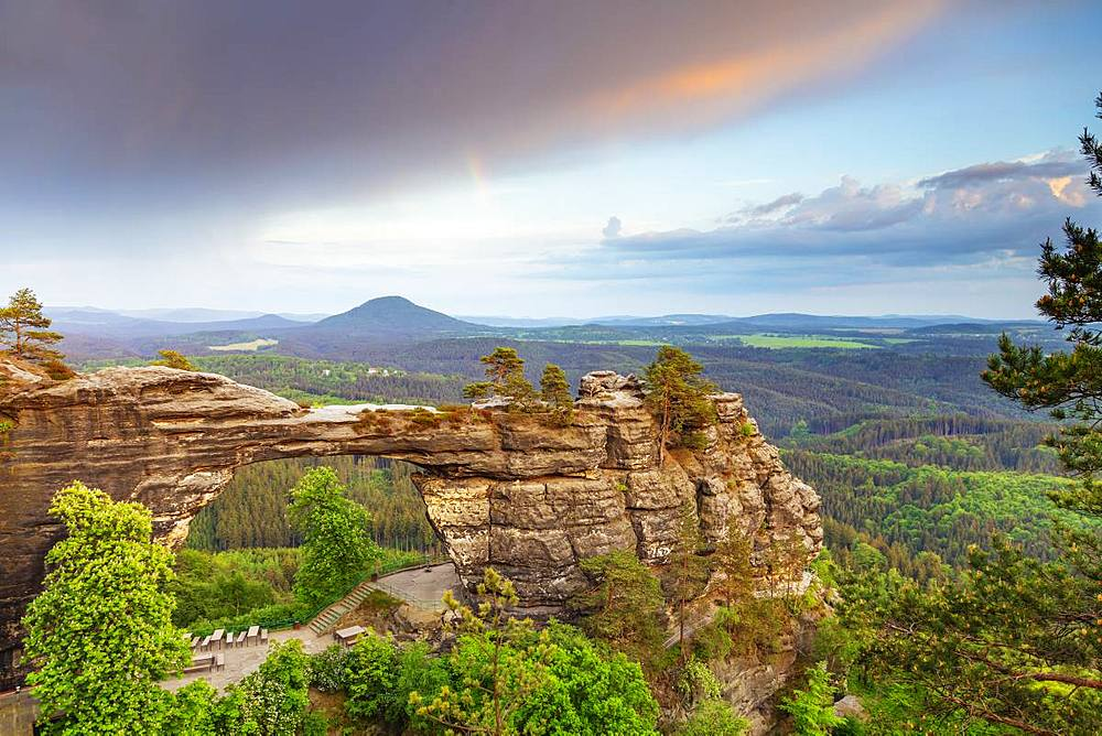Europe, Czech Republic, Bohemian Switzerland National Park, Pravcicka Brana, Europe's largest natural arch