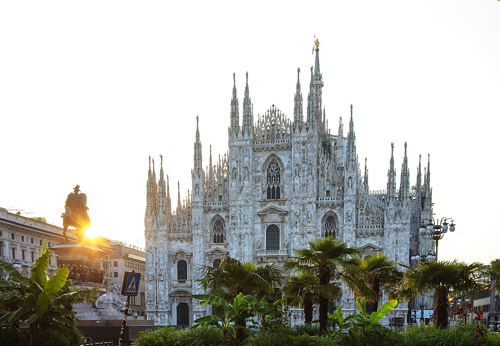 Europe, Italy, Lombardy, Milan, Duomo Milan Cathedral and statue of Vittorio Emanuele II